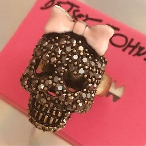 Crystal skull bow ring vintage Betsey Johnson